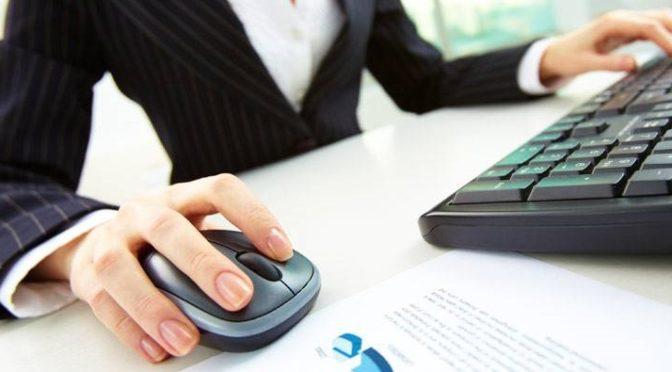 computer-und-smartphone-der-chef-zahlt-die-rechnung-1476_800x600